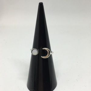 Jewelry - White gem eclipse moon crescent ring